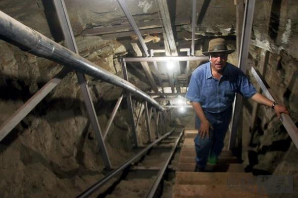 墓室隧道的尽头