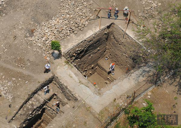 玛雅文化式金字塔