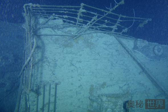 艏楼甲板栏杆