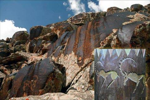 新疆博格达发现大面积岩画