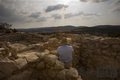 篆刻最古老希伯来经文的陶片