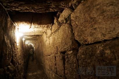古罗马潜逃隧道