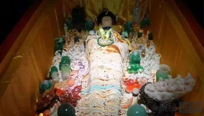 清东陵被盗墓多达七次 这里到底有多少宝物?