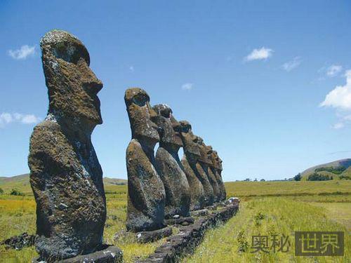 复活节岛石雕