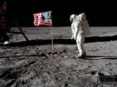 美国登月谜团