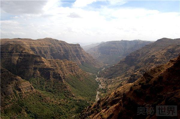 地球的最大伤疤:东非大裂谷