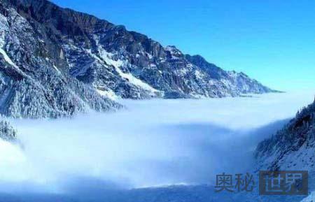 高原冰川奇景:四川海螺沟