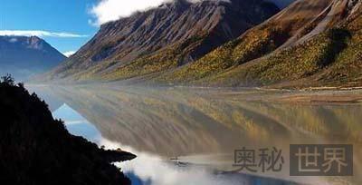 青藏高原上的明珠:然乌湖