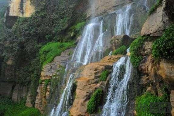秘鲁发现世界第3大瀑布:云比亚瀑布