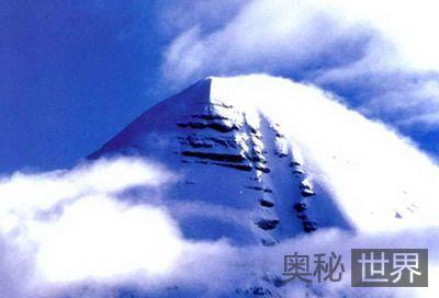 冈仁波齐峰