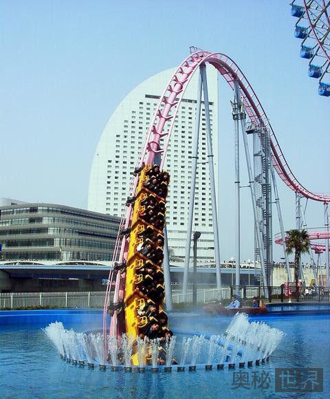 日本横滨宇宙乐园Vanish(消失)喷射过山车
