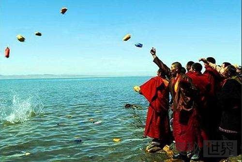 青海湖神秘的祭海仪式