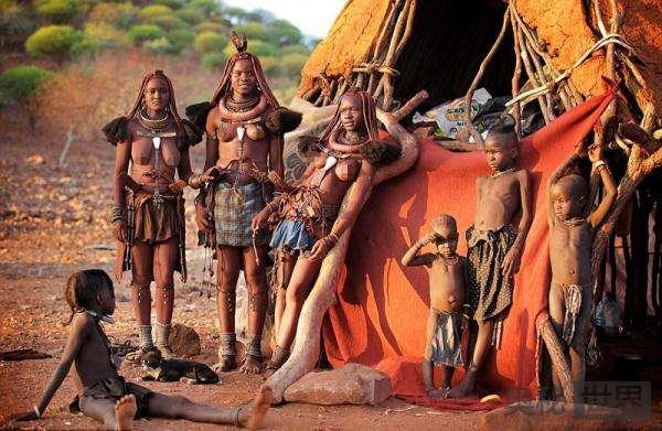 辛巴族:非洲最后的原始民族