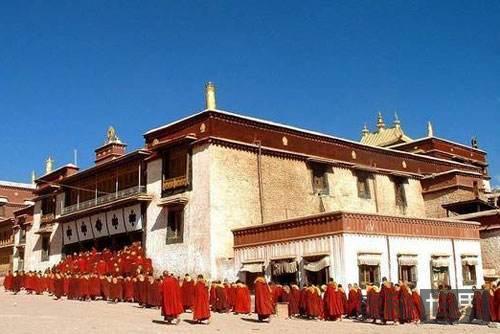 汉文中西藏的来历和意义