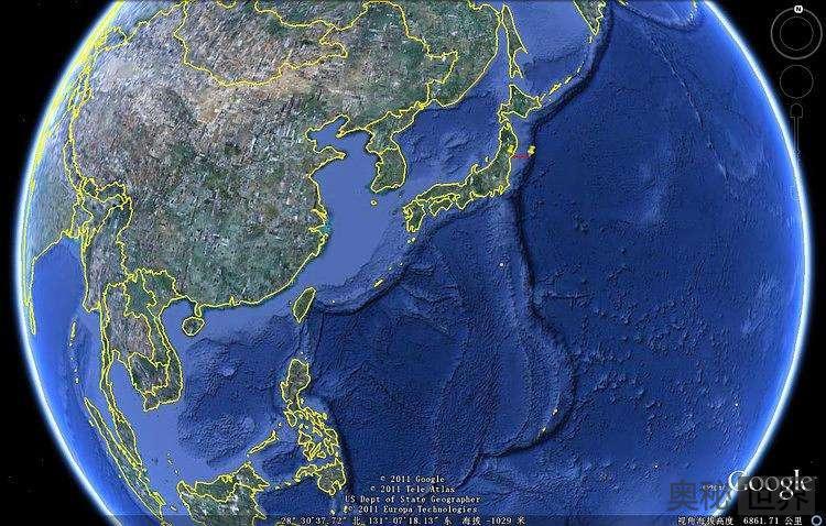 全世界最深的马里亚纳海沟 正快速向日本靠近