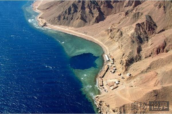 埃及达哈布蓝洞