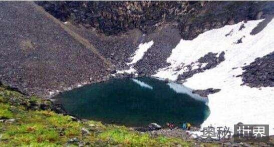 喜马拉雅山区恐怖的人骨湖之谜