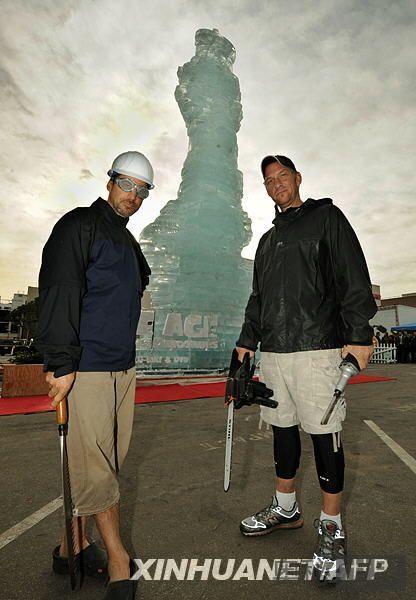 美国造世界上最高的冰雕
