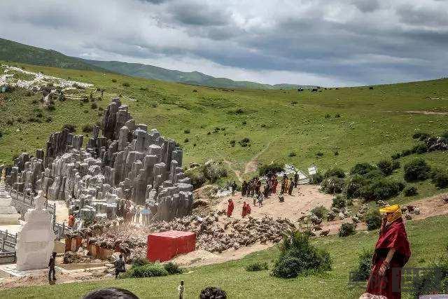 详解西藏最神秘的天葬过程