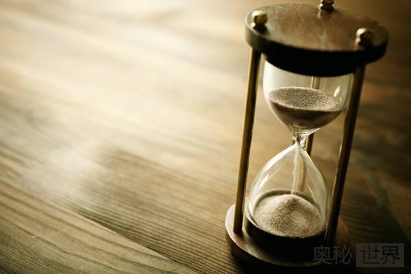 """如何理解""""时间没有起点,时间是一种度量""""?"""