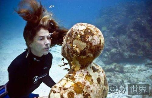 """进化史断层:由""""海底人""""窥探人类起源之谜"""