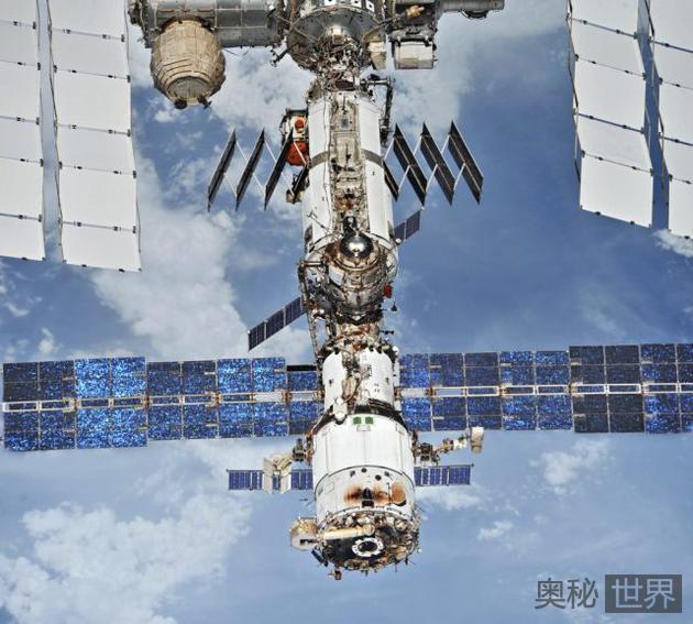国际空间站载人飞行满 20 周年