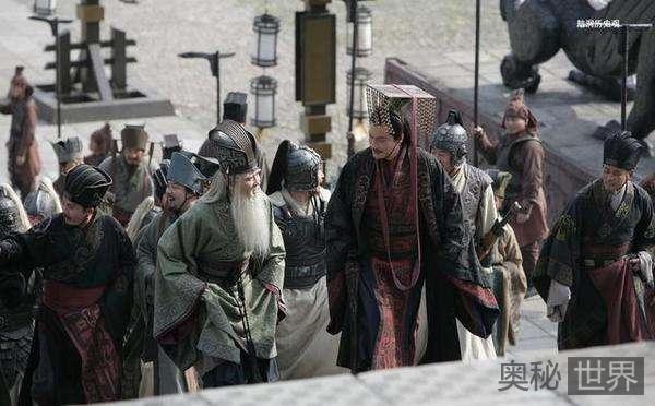 赤壁之战前曹操四大谋士为何集体失声