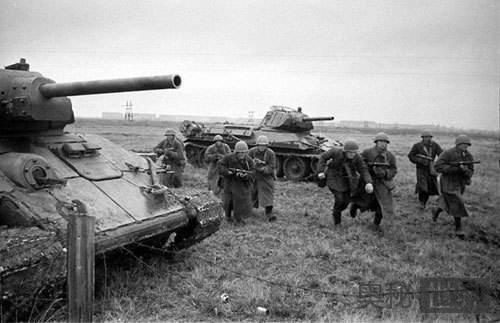 二战中间谍帮苏联打赢坦克战