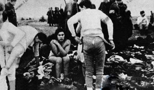 二战末法军攻入德国疯狂强奸妇女