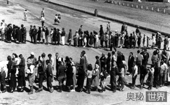 """二战时美国曾设""""日裔集中营""""泄愤"""