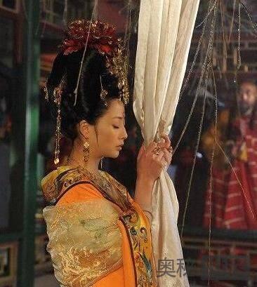 历史上杨贵妃真被赐死了吗