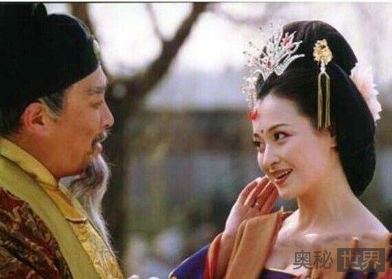淫荡韦皇后竟当着唐中宗的面与他人调情