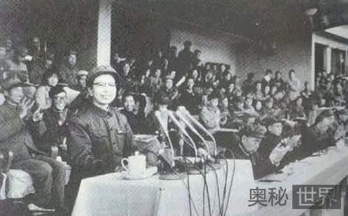 江青去世12年后骨灰入土真相