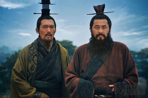曹操的三大谋士荀攸、贾诩、郭嘉哪个更厉害