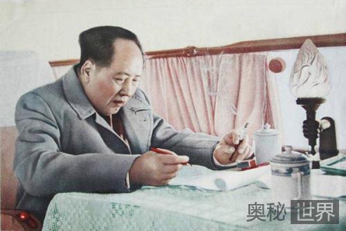 毛泽东爱吃红烧肉,不吃酱油