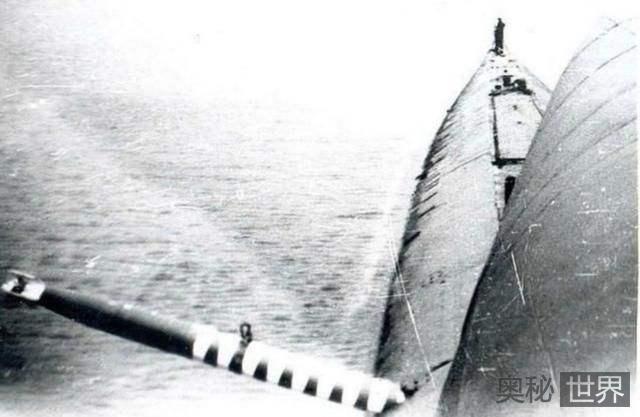 被自己发射的鱼雷击沉的潜艇