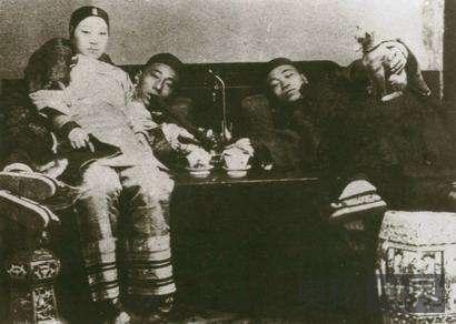 中国妓女的发展历史 也曾是公务员