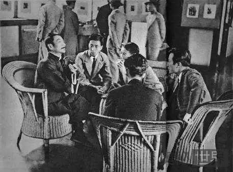 鲁迅鼓励学生免受封建影响