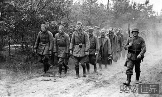二战时苏联百姓曾将德军视为救星