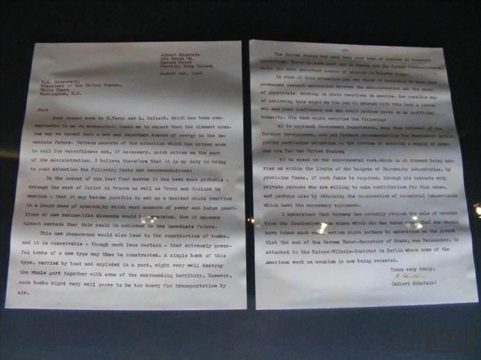爱因斯坦写给5000年后人类的信