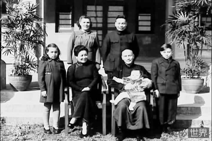 是什么让蒋介石家族从权力的巅峰跌落下来