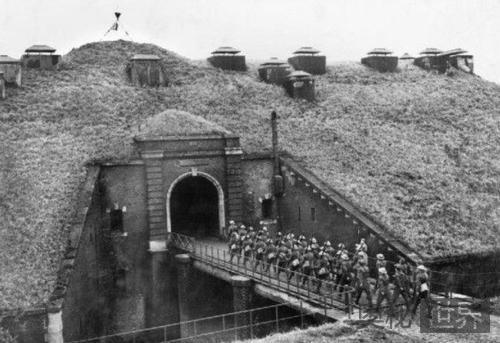 一战后法国为什么要疯狂修建马奇诺防线