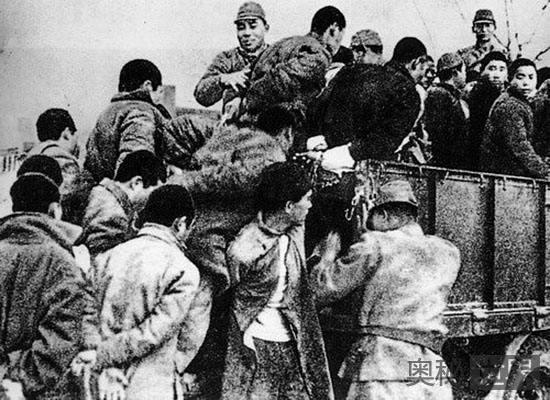 美英记者最先揭露南京大屠杀