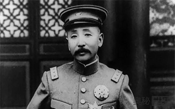 张学良因何憎恨父亲张作霖 曾想将其枪杀?