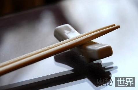 如今的筷子竟然是苏妲己发明的