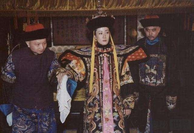 隆裕太后答应溥仪退位,但有一件事情,隆裕太后至死没妥协