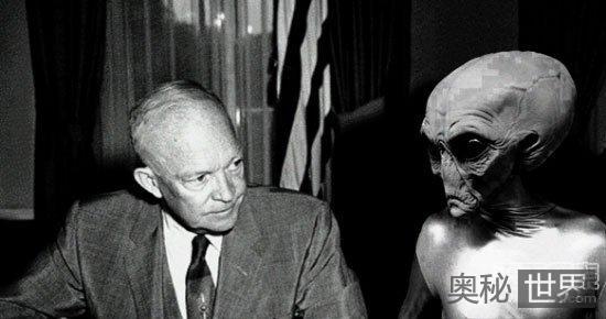 美国政府在掩盖外星人存在的真相