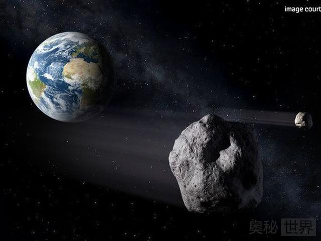 """俄罗斯科学家提出""""摧毁月球""""计划"""
