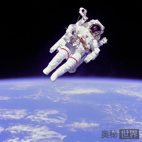 加加林声称宇宙飞行中看到多个不明飞行物
