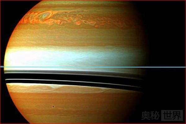 土星与木星不是固态的,那么人能站在它上面吗?